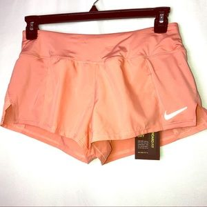 NWT Nike Standard Fit Shorts, Size M